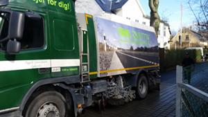 Stevns Miljø Service renser den permeable asfalt